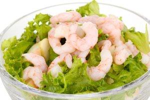 Blattsalate mit Meeresfrüchten